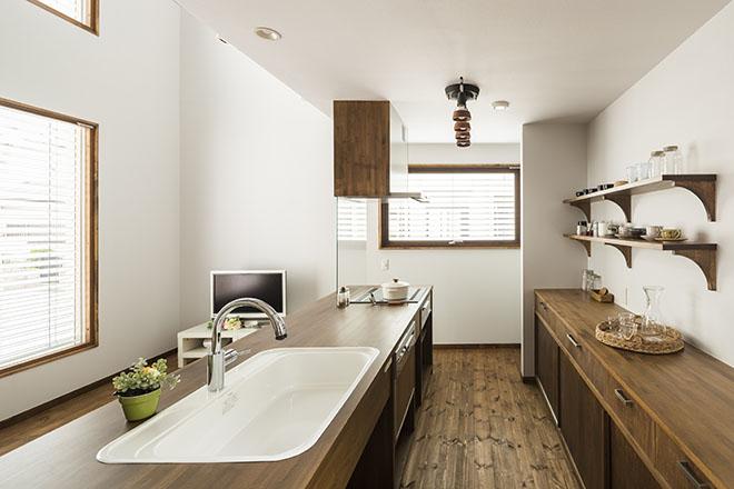 高性能住宅における日射遮蔽効果最適商材外付けブラインド「イソトラ」 画像1