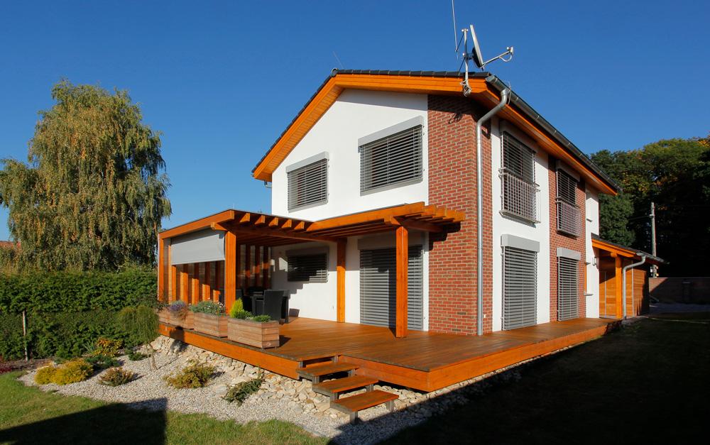 高性能住宅における日射遮蔽効果最適商材外付けブラインド「イソトラ」 画像2