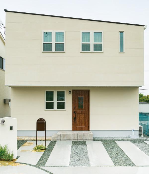 シンプルな外観の中にかわいらしさもある家 画像1